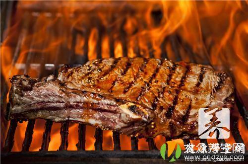 烤鳄鱼肉串的做法