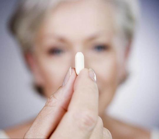 雌激素的作用,对女人有何好处,男人长期吃会怎样?