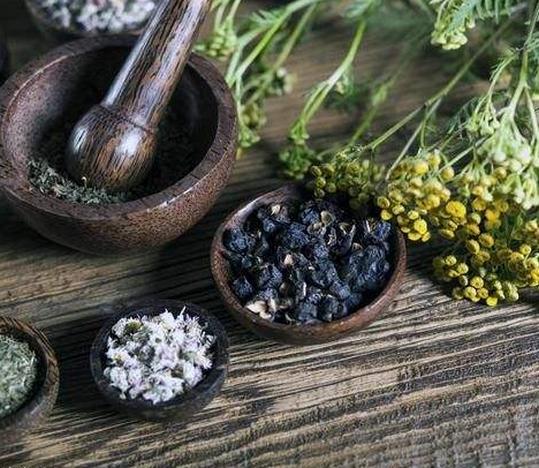 治痔疮的偏方有哪些,可以用香菜根吗?混合痔的治疗方法!