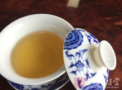 对于胃部来说,喝茶则具有解油腻、助消化的作用