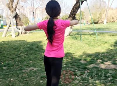 做瑜伽可以静心养神,还可以瘦身