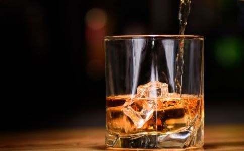 喝了酒后吃什么吐什么,酒后吃什么饭菜解酒最快还养胃?