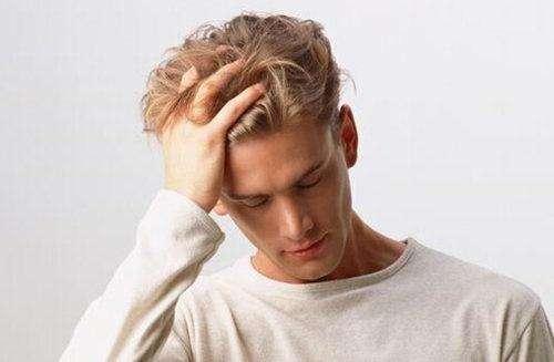 长白头发是什么原因?吃什么能变黑?