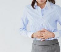 女性小肚子疼是怎么回事?忍一忍就可以了吗?