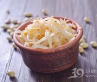 黄豆芽VS绿豆芽 哪个营养更好?