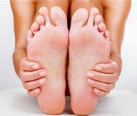 脚脱皮怎么回事?脚脱皮的治疗方法有哪些?