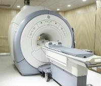 核磁共振原理及价格?是否有辐射呢?