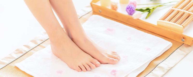 你的脚趾甲在里面流血有关系吗?你的脚趾甲流血有关系吗?