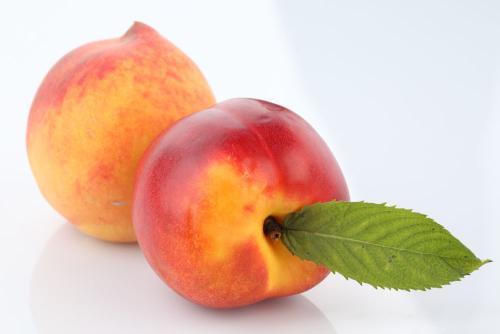 生活中吃什么水果可以补铁?