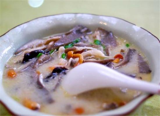 白菜鲤鱼汤的制作
