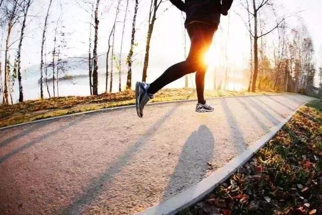 早上空腹跑步怎么样