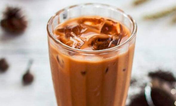如何制作正宗港式奶茶