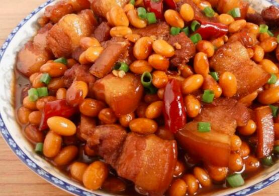 你怎么煮猪肉和大豆