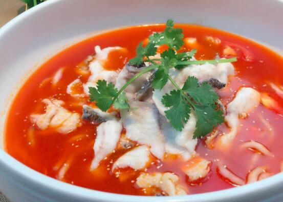 如何制作番茄黄桑椹鱼