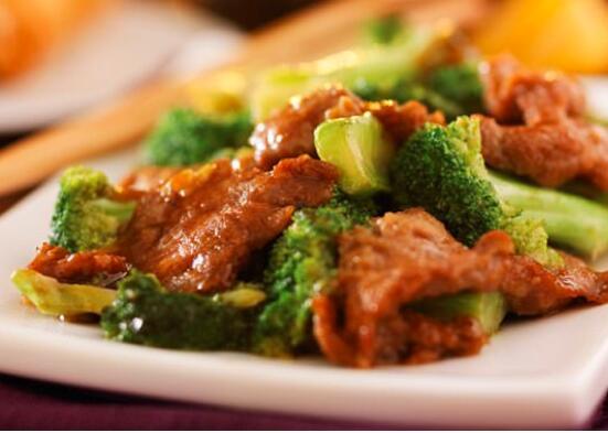 如何用美味的西兰花炒牛肉