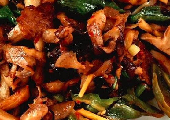 肉丝炒蘑菇怎么做