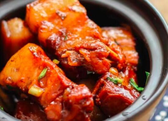 如何让猪肚和鸡块美味可口
